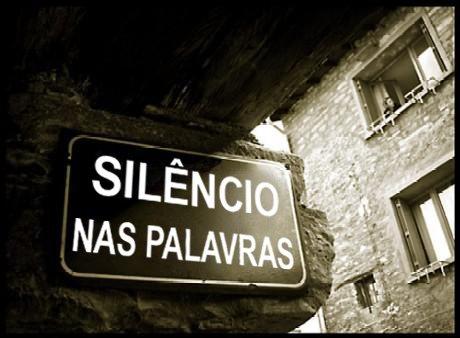 Silêncio nas palavras